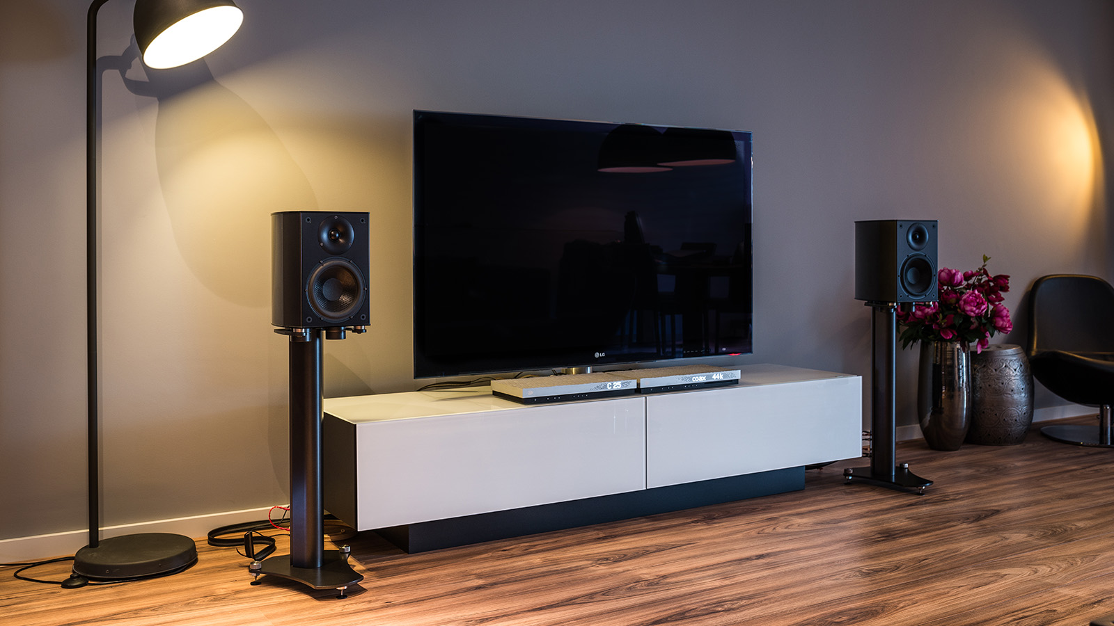 Wilson Benesch Vertex 2 Voies 6 Ohms Audio Visual Factory # Meuble Tv Wilson